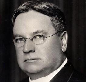 Senator-Hiram-W.-Johnson