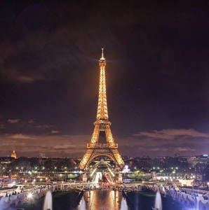 eiffeltower_night_bluelily